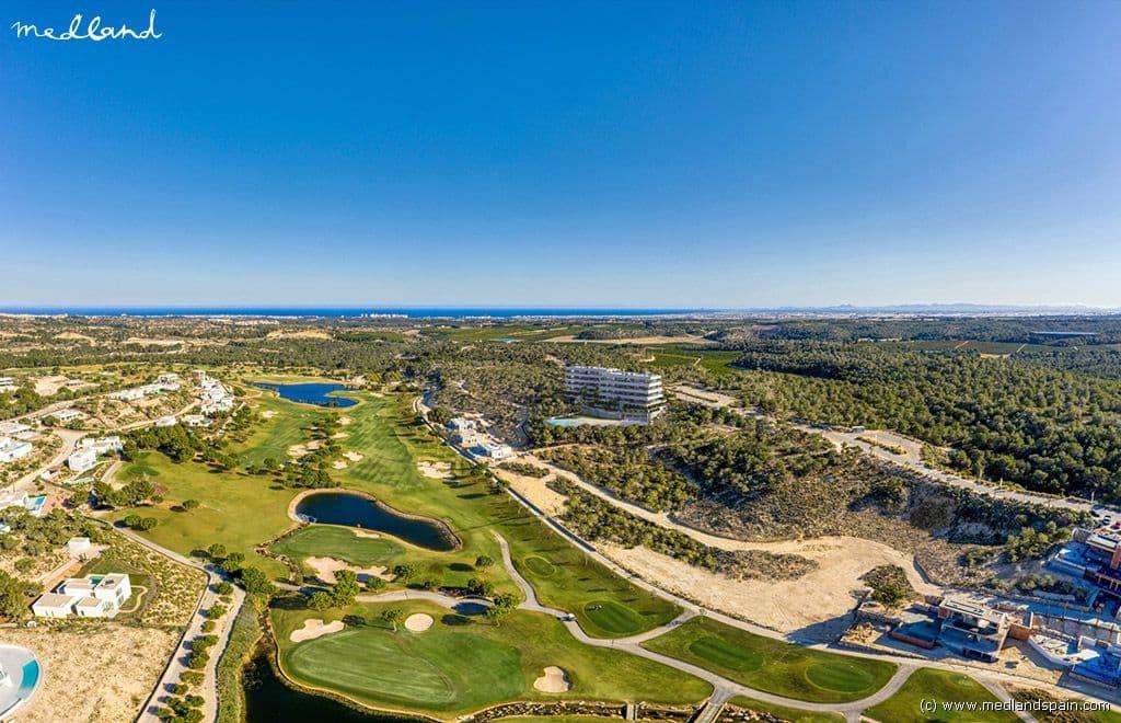 Apartamento de 3 habitaciones en Las Colinas Golf en venta con piscina garaje - 625.000 € (Ref: 4818946)