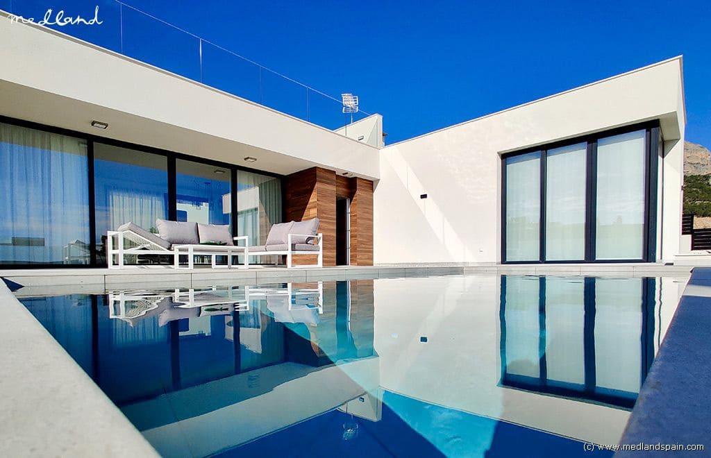 Chalet de 4 habitaciones en Polop en venta - 450.000 € (Ref: 4972121)