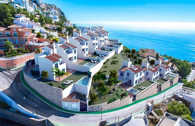 3 soveværelse Villa til salg i Altea med swimmingpool - € 479.000 (Ref: 5878639)