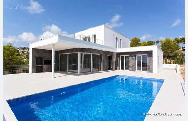 3 soveværelse Villa til salg i Moraira med swimmingpool - € 795.000 (Ref: 5878920)