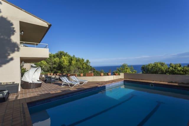 Chalet de 6 habitaciones en Tamariu en venta con piscina garaje - 950.000 € (Ref: 4560263)