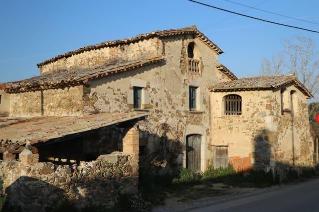 4 sovrum Finca/Hus på landet till salu i Aiguaviva - 395 000 € (Ref: 4560336)