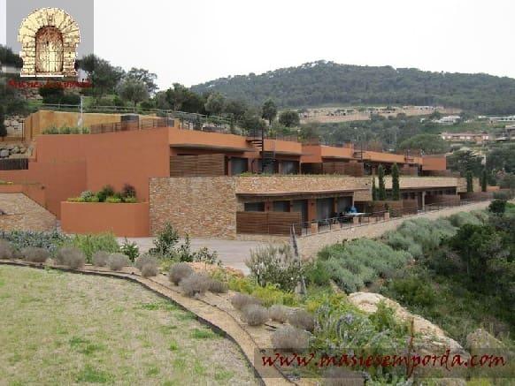 4 sovrum Lägenhet till salu i Begur med pool - 950 000 € (Ref: 4608629)