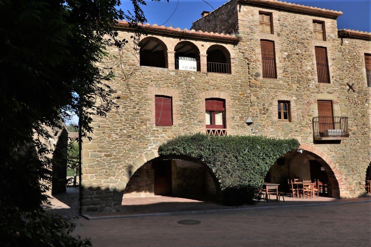 Casa de 6 habitaciones en Monells en venta - 450.000 € (Ref: 4830463)