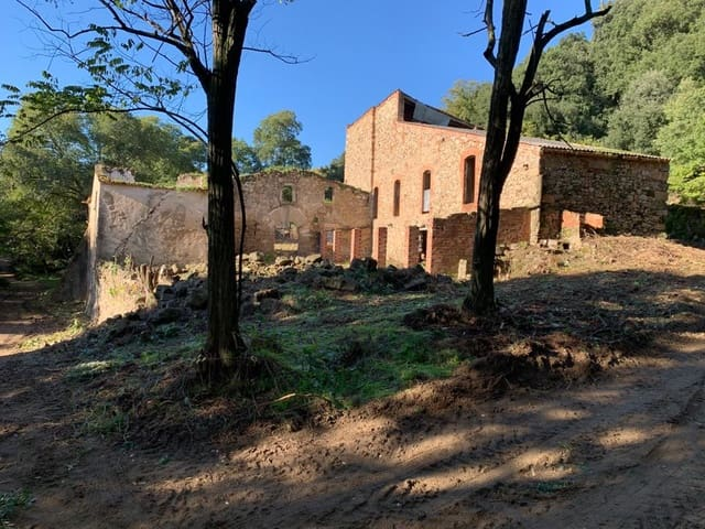 12 bedroom Finca/Country House for sale in Arbucies - € 495,000 (Ref: 5695346)