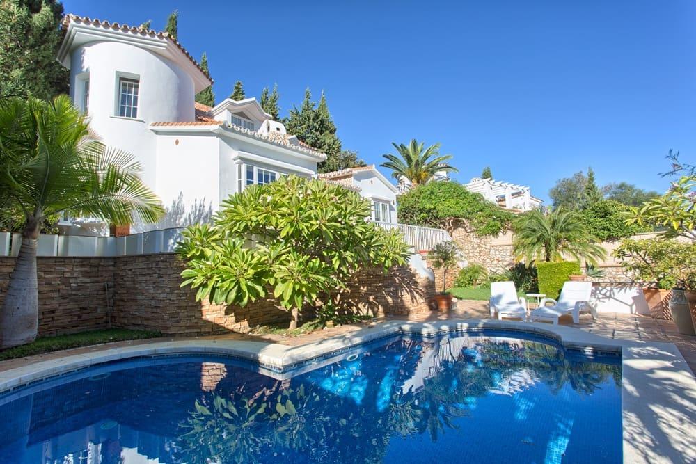 4 bedroom Villa for sale in Benalmadena with pool garage - € 650,000 (Ref: 4669378)