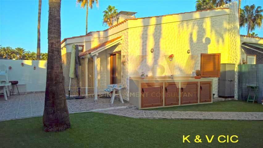 1 soveværelse Bungalow til leje i Maspalomas med swimmingpool - € 850 (Ref: 5636083)