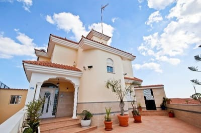 7 Zimmer Villa zu verkaufen in Arguineguin mit Pool Garage - 945.000 € (Ref: 4081644)