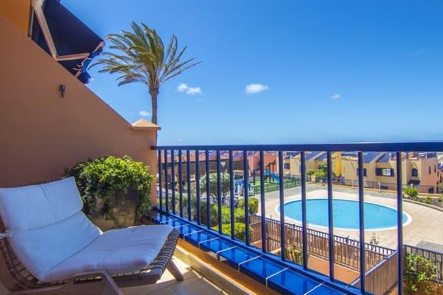 3 sovrum Radhus till salu i San Bartolome de Tirajana med pool garage - 675 000 € (Ref: 5486941)