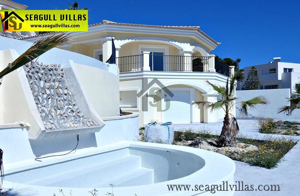 4 makuuhuone Huvila myytävänä paikassa Busot mukana uima-altaan - 425 000 € (Ref: 3942444)
