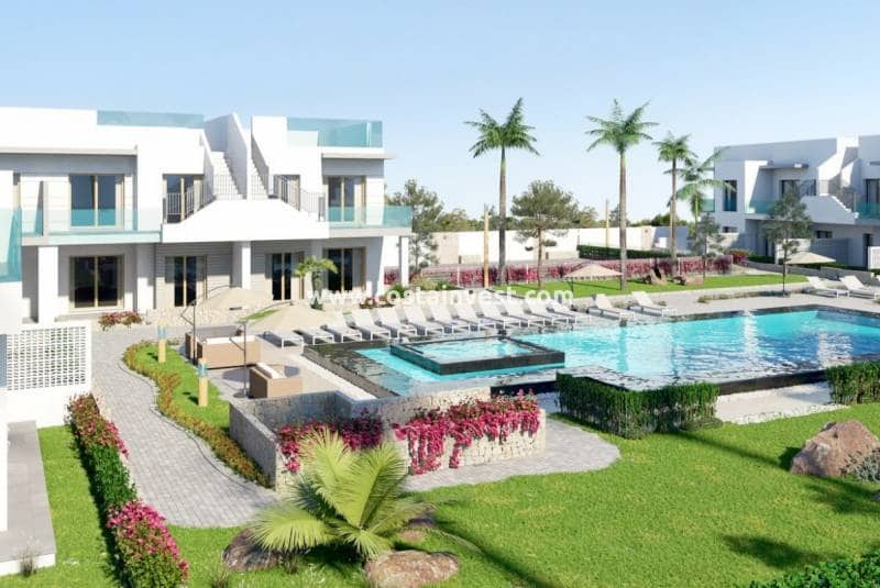 Bungalow de 2 habitaciones en Pilar de la Horadada en venta con piscina - 131.000 € (Ref: 4664372)