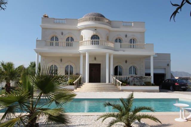 5 soveværelse Villa til salg i Valle del Sol med swimmingpool garage - € 589.000 (Ref: 4529591)