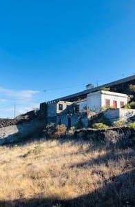 Chalet de 2 habitaciones en Fuencaliente de la Palma en venta - 190.000 € (Ref: 4531011)