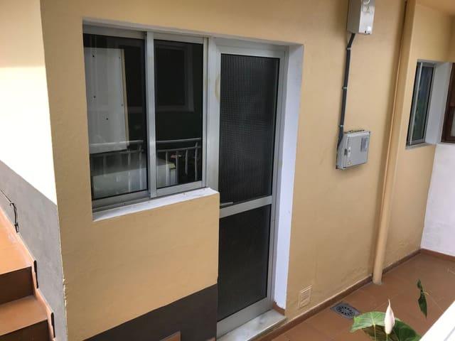 2 slaapkamer Huis te koop in Los Llanos de Aridane - € 80.000 (Ref: 4890930)