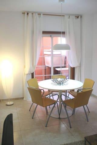 3 slaapkamer Huis te huur in Los Silos met garage - € 700 (Ref: 5536732)