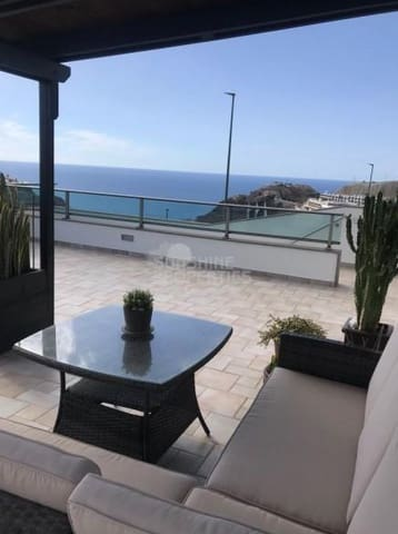 5 sypialnia Dom blizniak na sprzedaż w Amadores - 890 000 € (Ref: 5260134)