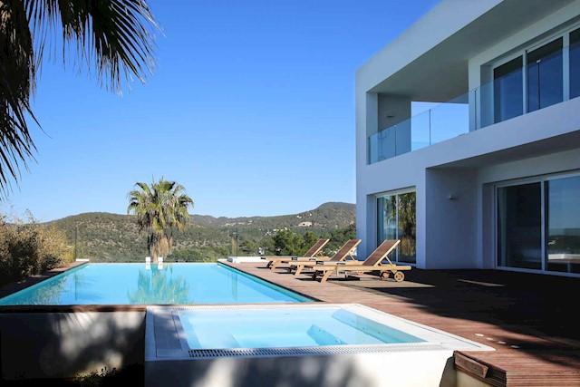 4 soverom Villa til salgs i Cala Moli med svømmebasseng - € 5 068 (Ref: 3786885)