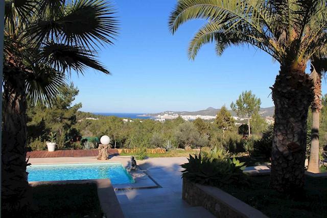 3 soverom Villa til salgs i Sant Agusti des Vedra med svømmebasseng - € 4 200 (Ref: 3786896)