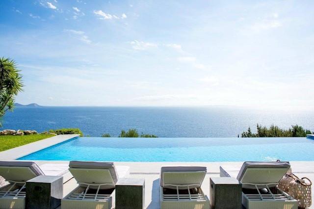 6 soverom Villa til salgs i Es Cubells med svømmebasseng - € 19 950 (Ref: 3786897)