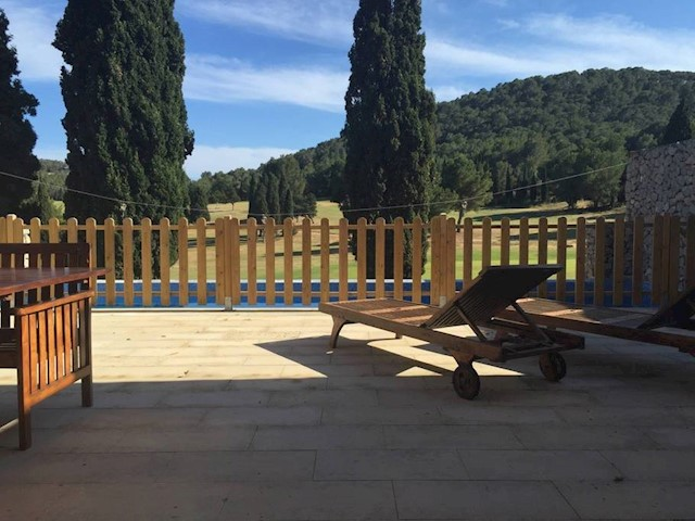 4 soverom Villa til leie i Roca Llisa med svømmebasseng garasje - € 3 500 (Ref: 3913246)