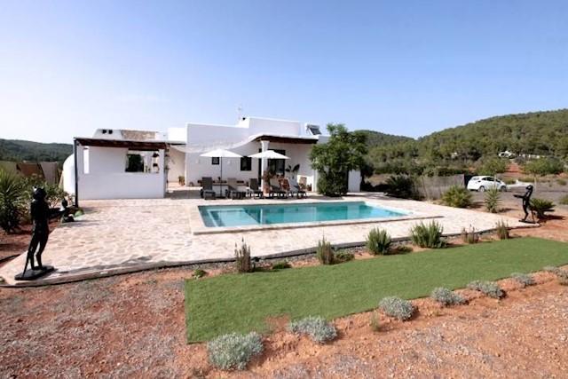 3 soverom Villa til salgs i San Miguel / Sant Miquel de Balansat med svømmebasseng - € 2 310 (Ref: 3984227)