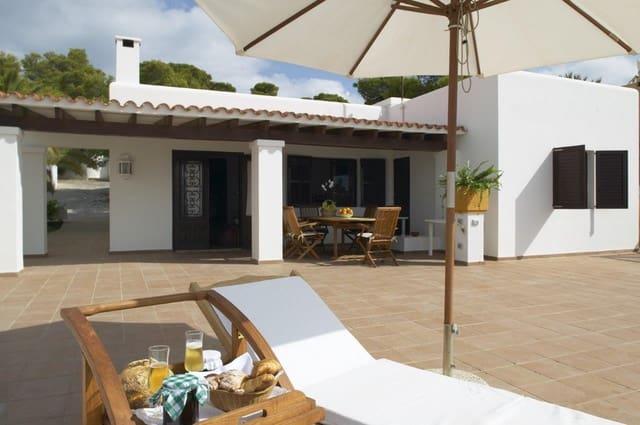 Chalet de 3 habitaciones en Cala Conta en alquiler vacacional con piscina - 1.645 € (Ref: 4452891)