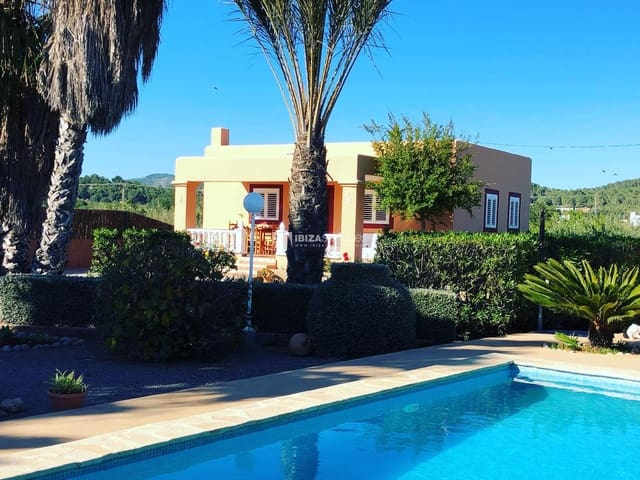 3 bedroom Villa for holiday rental in Santa Eulalia / Santa Eularia with pool - € 1,834 (Ref: 4504846)