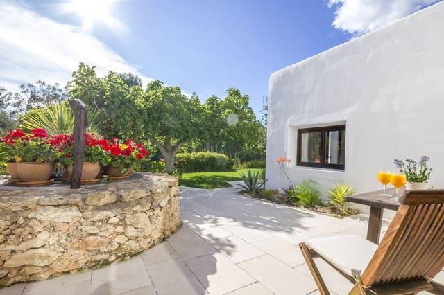 Chalet de 4 habitaciones en Santa Gertrudis de Fruitera en alquiler vacacional - 3.990 € (Ref: 5203392)