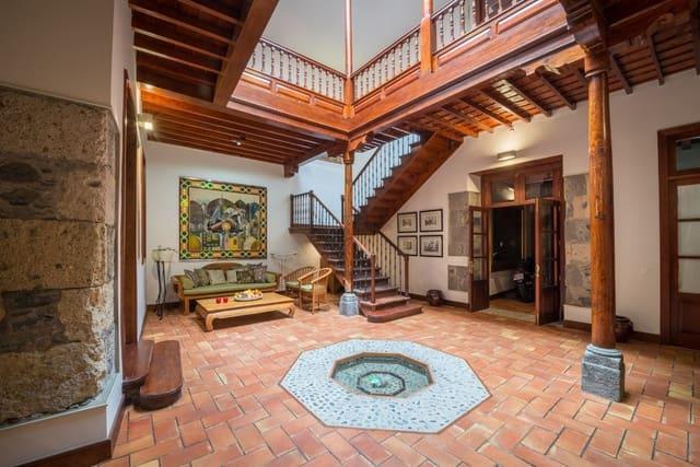 4 soverom Hus til leie i Las Palmas de Gran Canaria med garasje - € 3 000 (Ref: 3914167)