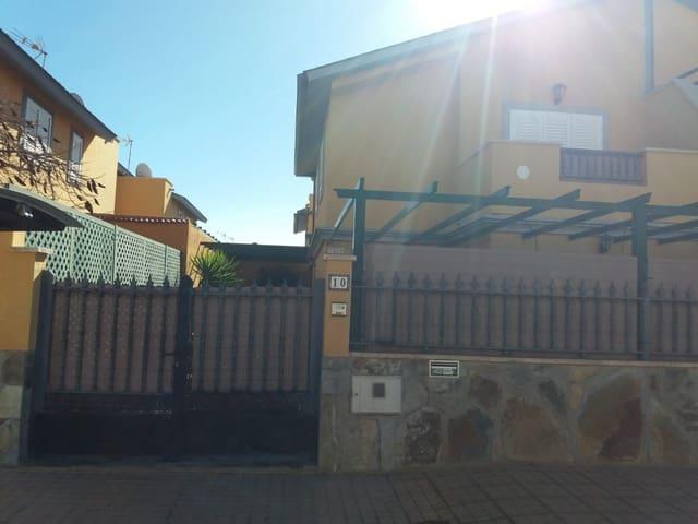 4 sypialnia Dom na sprzedaż w Castillo del Romeral z garażem - 235 000 € (Ref: 4638708)