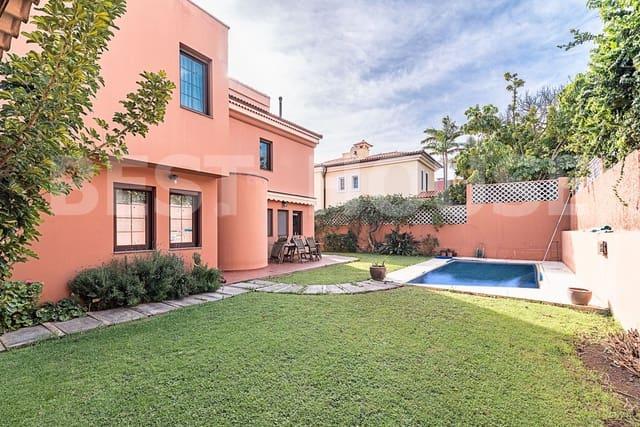 4 chambre Maison de Ville à vendre à Santa Brigida avec piscine garage - 550 000 € (Ref: 4963448)