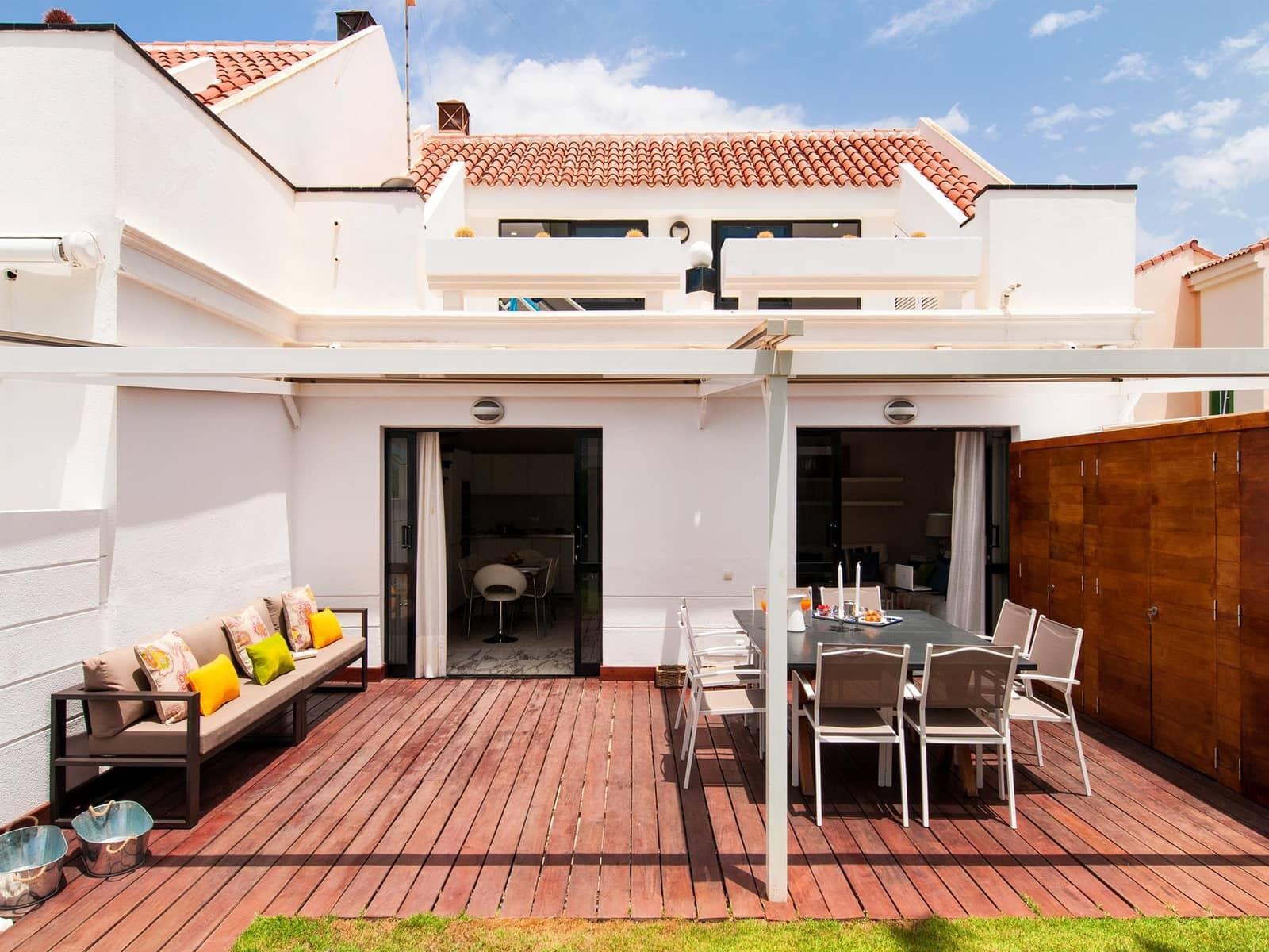 3 soverom Hus til leie i San Fernando - € 2 700 (Ref: 5502658)