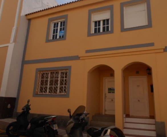 3 sovrum Radhus till salu i Firgas med garage - 119 600 € (Ref: 5759971)