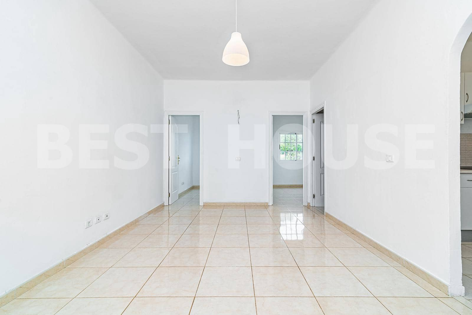 2 soveværelse Lejlighed til salg i Arucas - € 69.900 (Ref: 5794720)