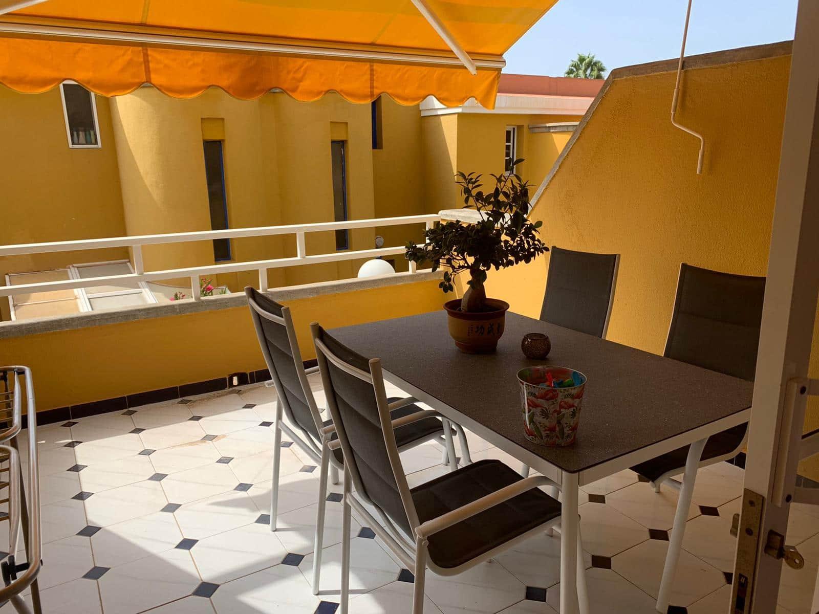 1 soverom Hus til leie i Sonneland med svømmebasseng - € 580 (Ref: 5819051)