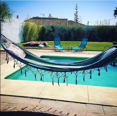 4 slaapkamer Villa te huur in El Chaparral met zwembad garage - € 3.000 (Ref: 5508241)