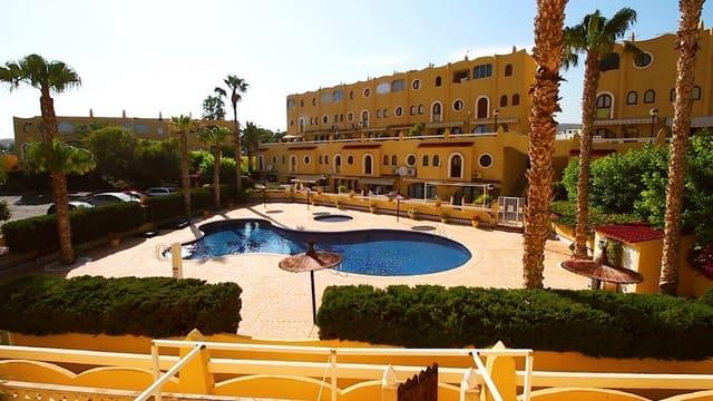 Bungalow de 3 habitaciones en El Campello en venta con piscina - 156.000 € (Ref: 5336255)