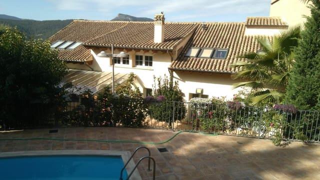 4 sypialnia Willa na sprzedaż w Banyeres de Mariola z basenem - 638 800 € (Ref: 6165897)