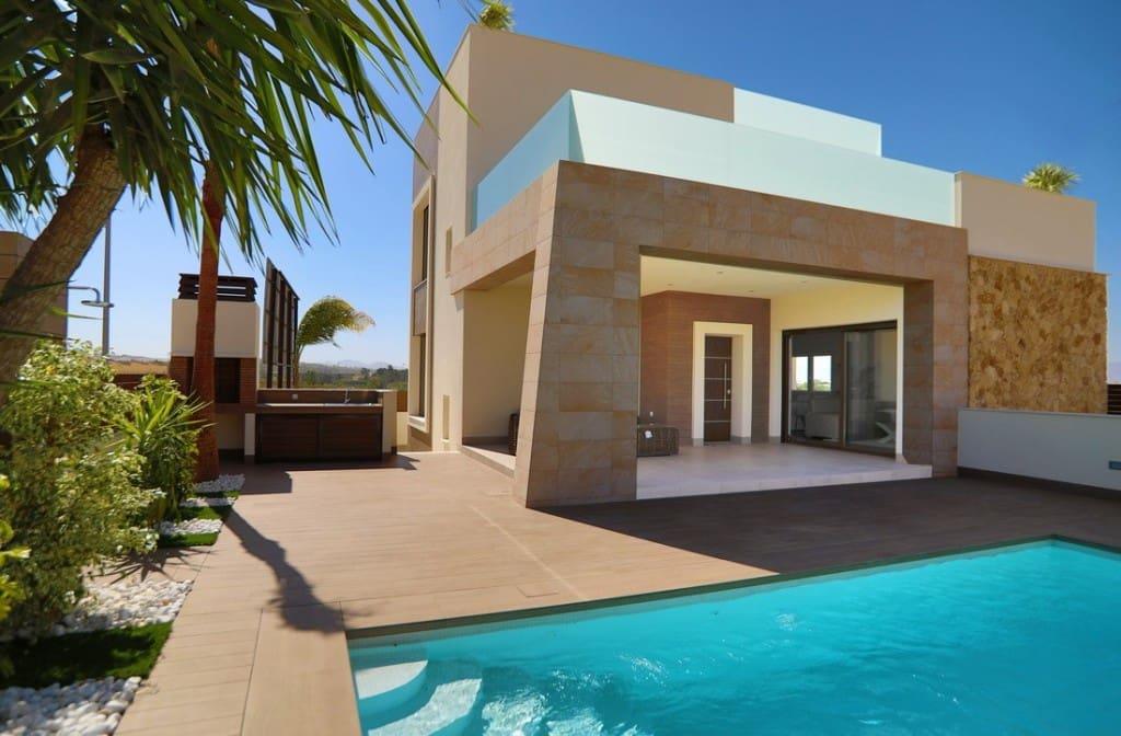 Chalet de 3 habitaciones en Benijófar en venta con piscina garaje - 444.000 € (Ref: 4996461)