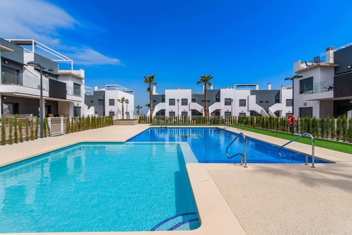 Apartamento de 1 habitación en Pilar de la Horadada en venta con piscina - 99.900 € (Ref: 4996693)