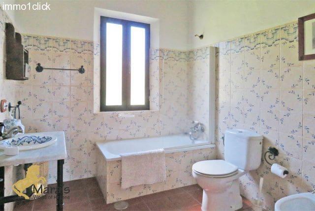 16 chambre Finca/Maison de Campagne à vendre à Jabugo avec piscine - 950 000 € (Ref: 3131194)