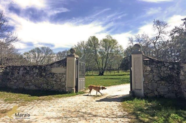 Finca/Casa Rural de 3 habitaciones en Sotillo de la Adrada en venta - 1.700.000 € (Ref: 3131227)