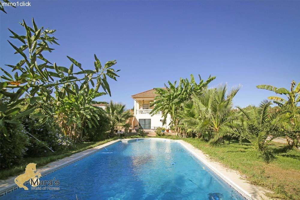 3 sovrum Finca/Hus på landet till salu i La Puebla del Rio med pool - 380 000 € (Ref: 3246371)
