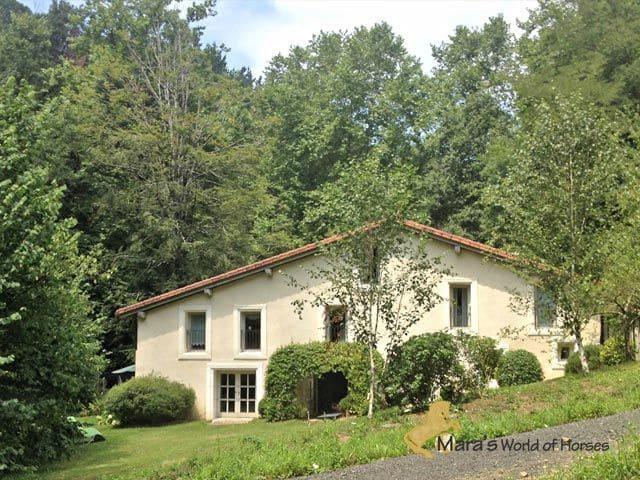 4 bedroom Finca/Country House for sale in Donostia-San Sebastian - € 1,300,000 (Ref: 5428631)
