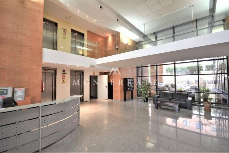 Kontor att hyra i Valencia stad - 750 € (Ref: 4821545)