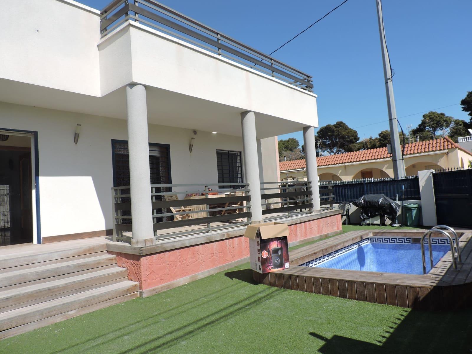 3 slaapkamer Villa te huur in La Marina met zwembad - € 1.100 (Ref: 4514646)