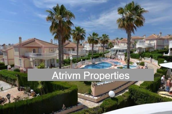 2 slaapkamer Villa te huur in Punta Prima met zwembad - € 900 (Ref: 5110740)