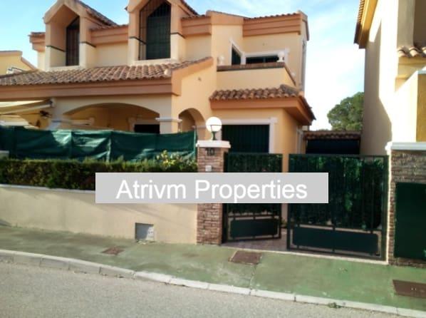 4 sovrum Semi-fristående Villa att hyra i La Zenia - 900 € (Ref: 5147366)