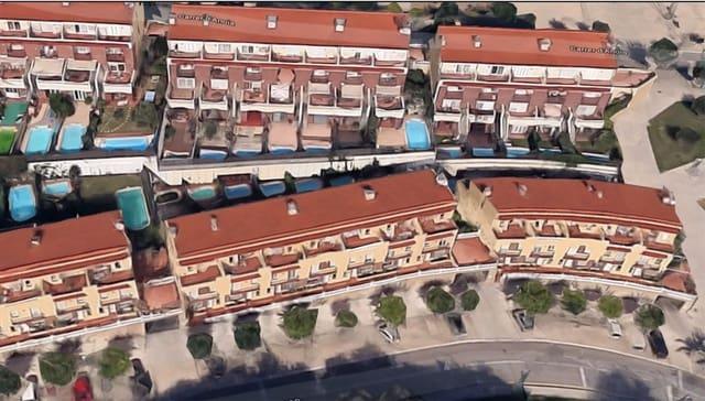 4 sypialnia Dom szeregowy na sprzedaż w Pineda de Mar z garażem - 300 000 € (Ref: 6068928)
