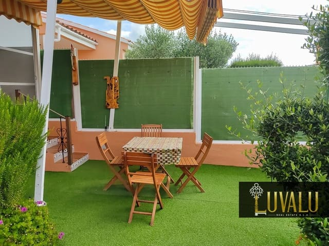 4 bedroom Semi-detached Villa for sale in Peniscola with pool - € 145,000 (Ref: 6116391)